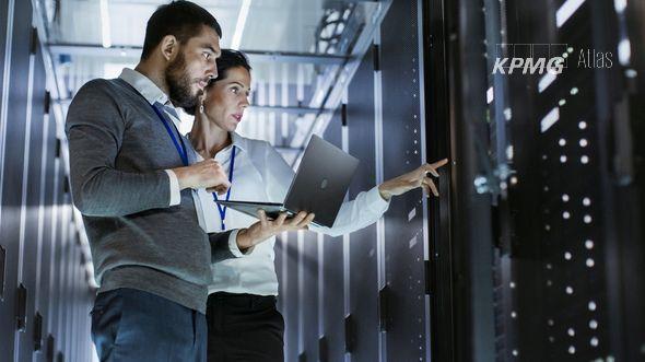 Software-Lebenszyklen überblicken und proaktiv Risiken vorbeugen
